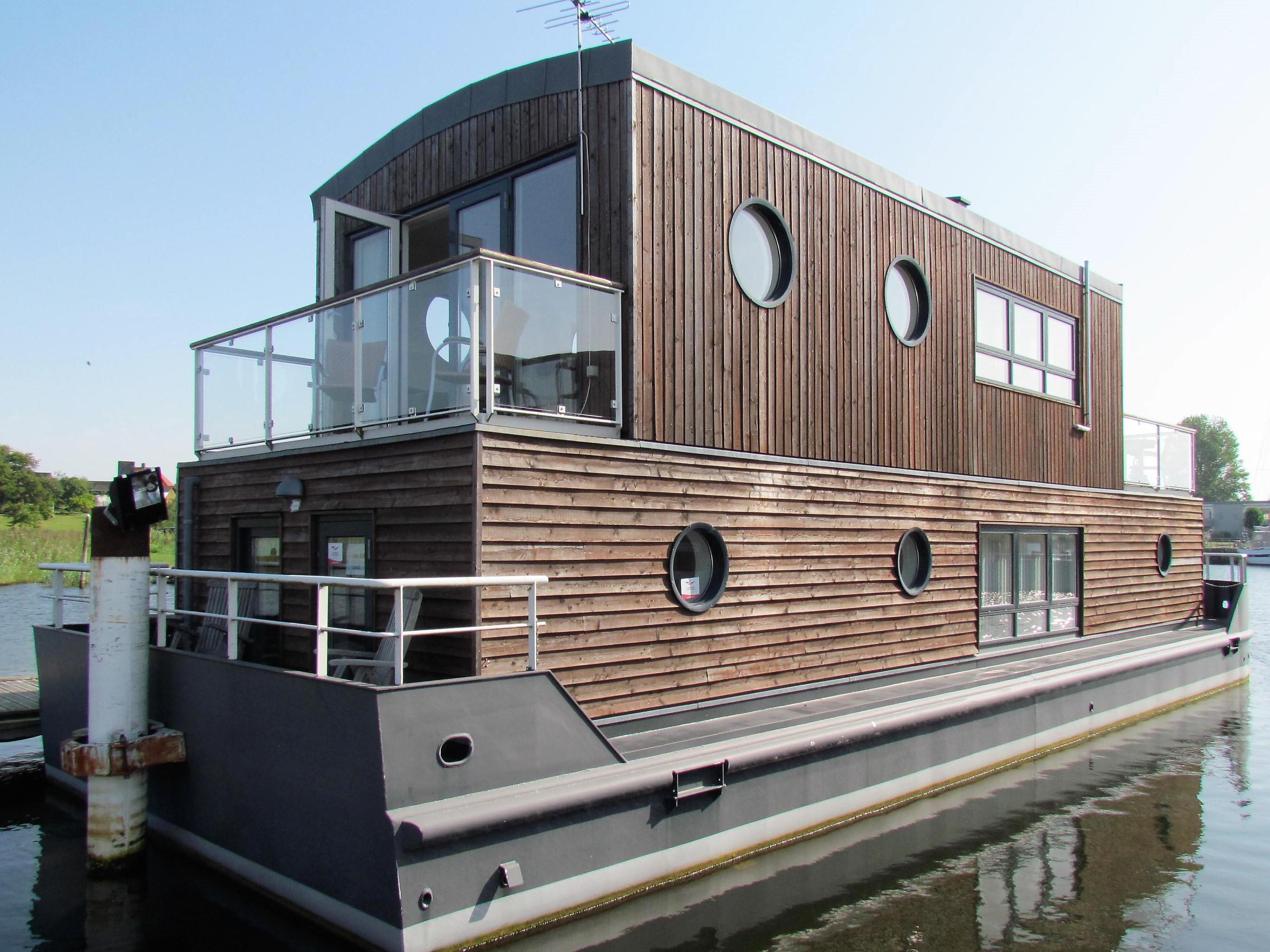 Husbåd sælges
